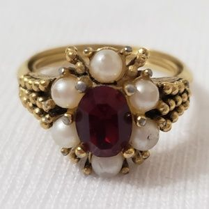 Vintage Avon ring
